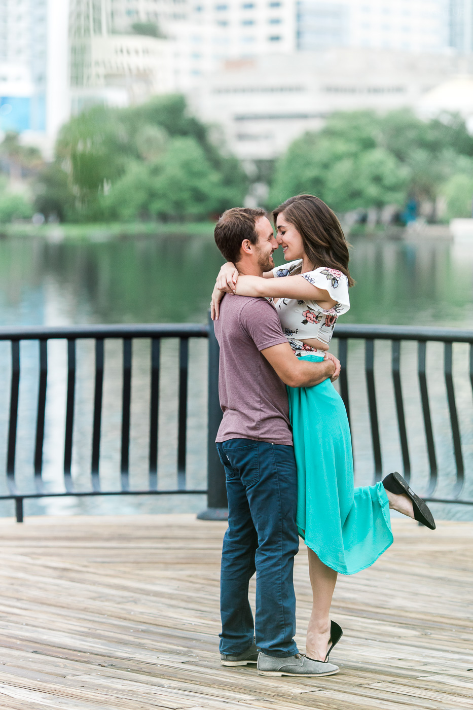 downtown-orlando-engagement-2.jpg