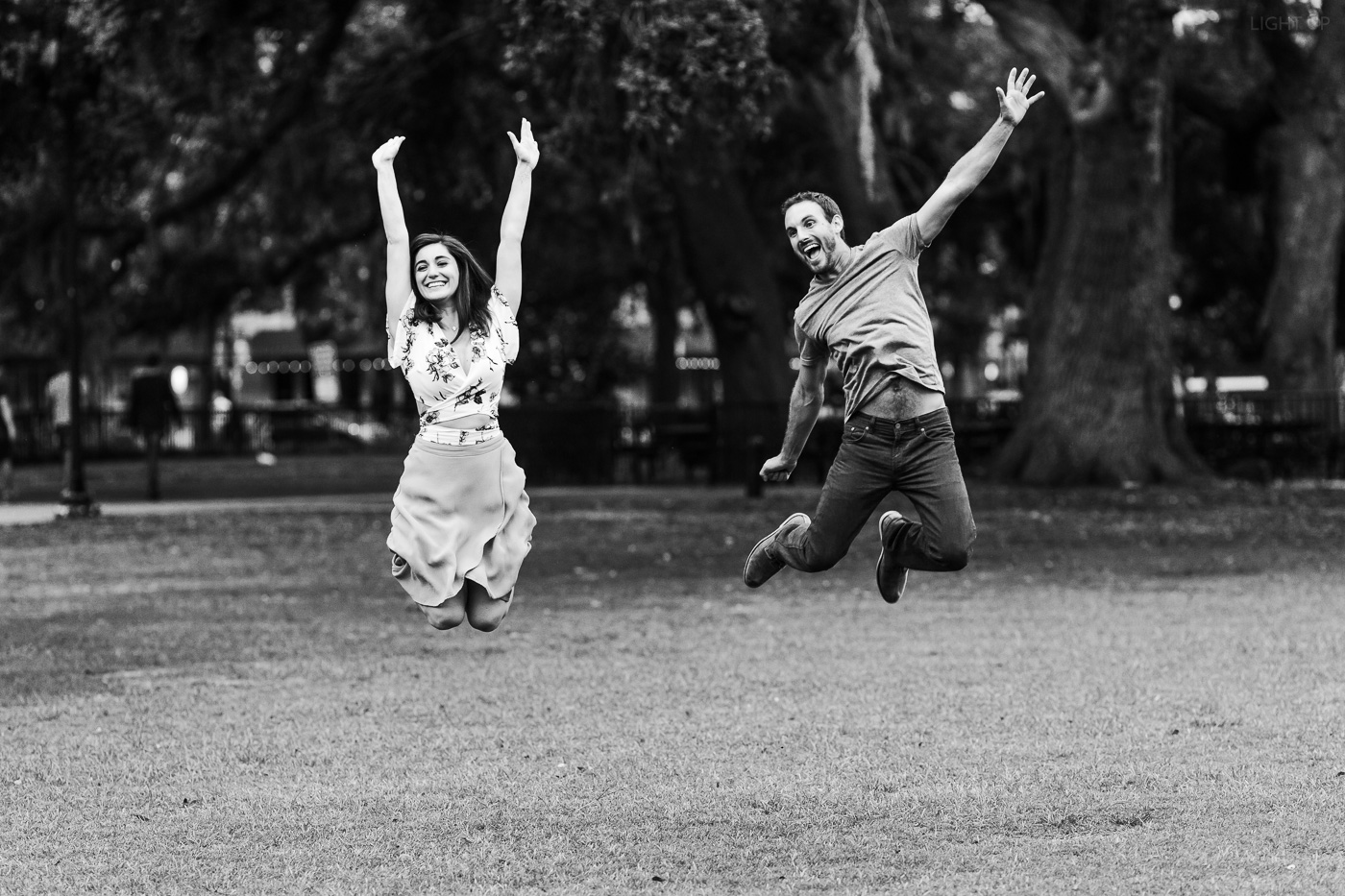 fun-engagement-photo-ideas-1.jpg