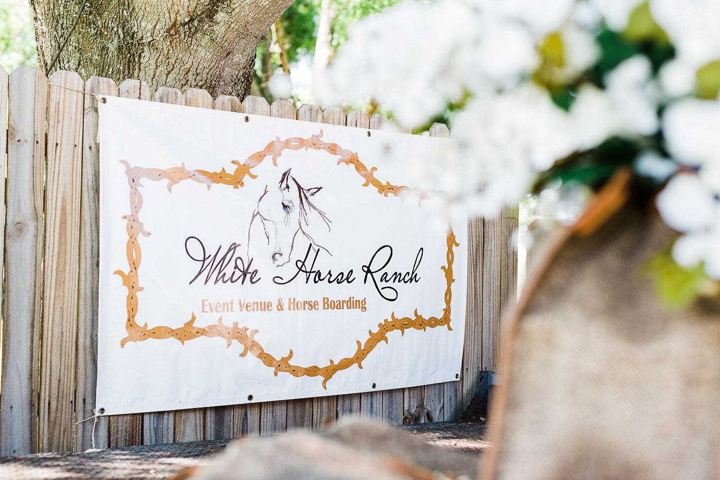 Lakeland-barn-wedding-at-white-horse-ranch-1.jpg