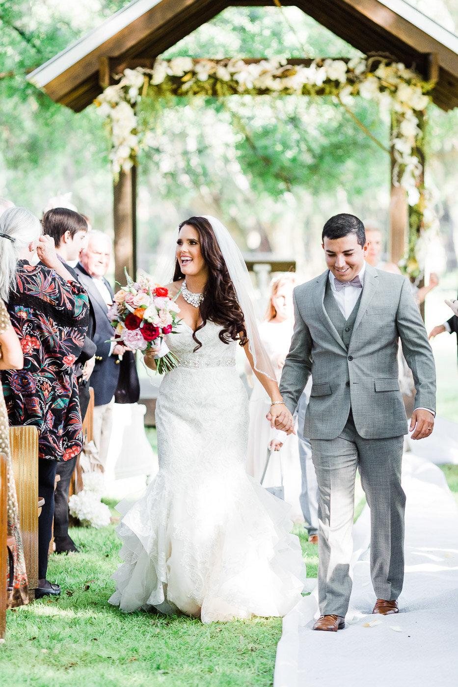 Lakeland-barn-wedding-at-white-horse-ranch-48.jpg