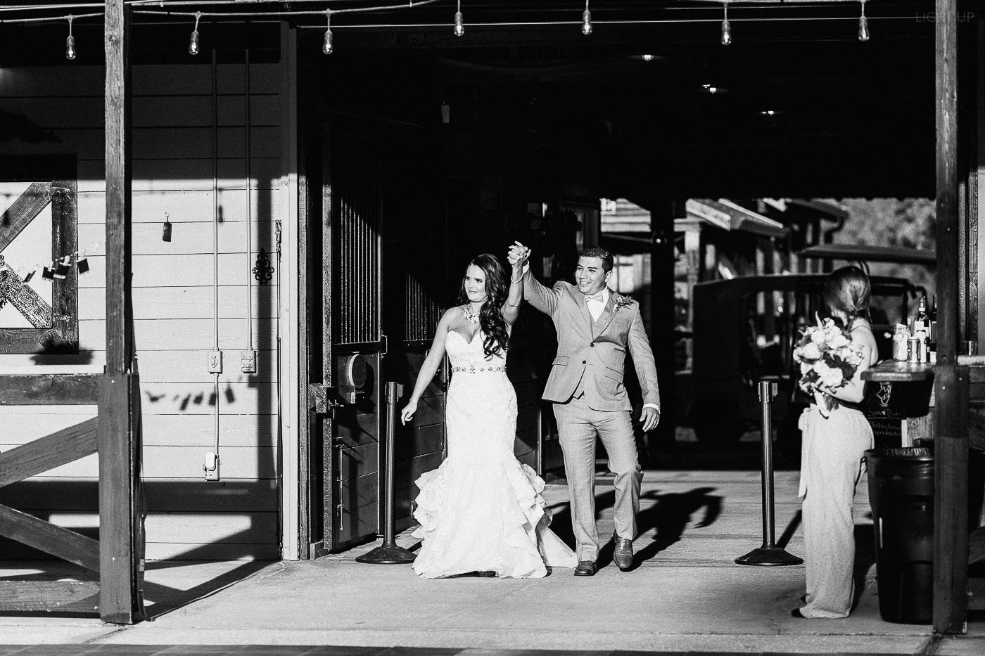 Lakeland-barn-wedding-at-white-horse-ranch-78.jpg