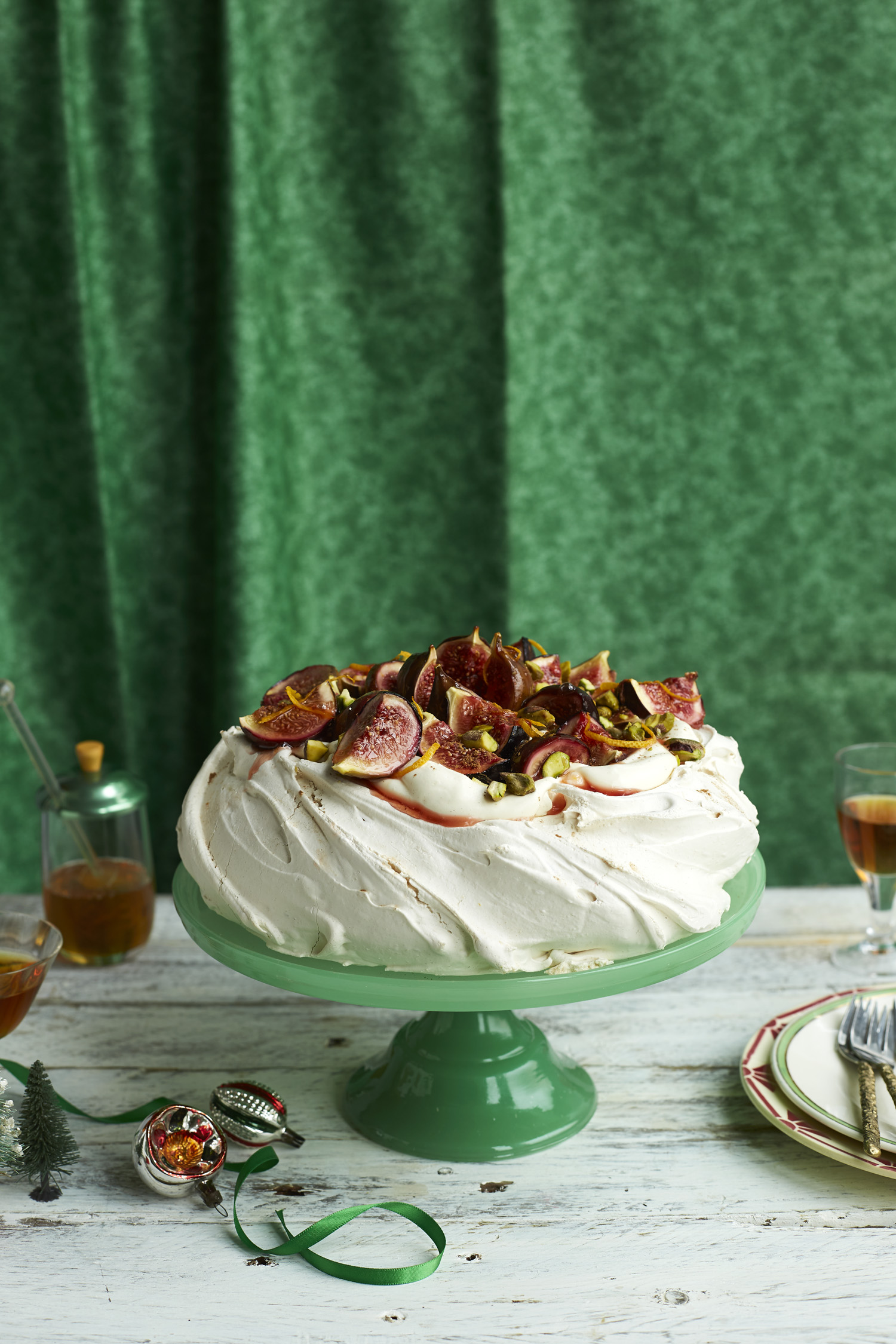 THE SUNDAY TIMES MAGAZINE Candice Brown's Honey Fig Meringue Food Stylist : Lou Kenney Prop Stylist : Alexander Breeze