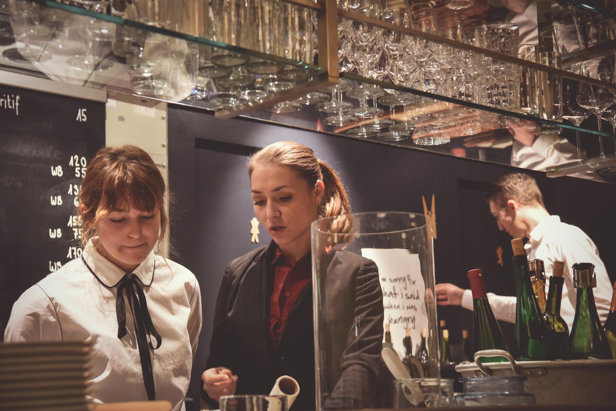 Julia Besel Chef de Service