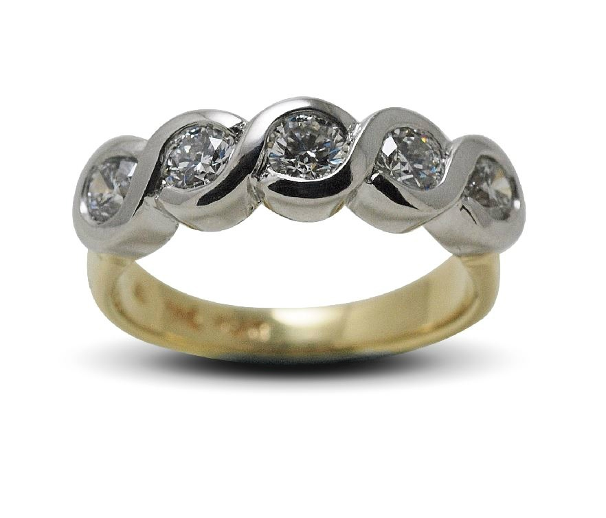 Criss-cross Diamond Ring