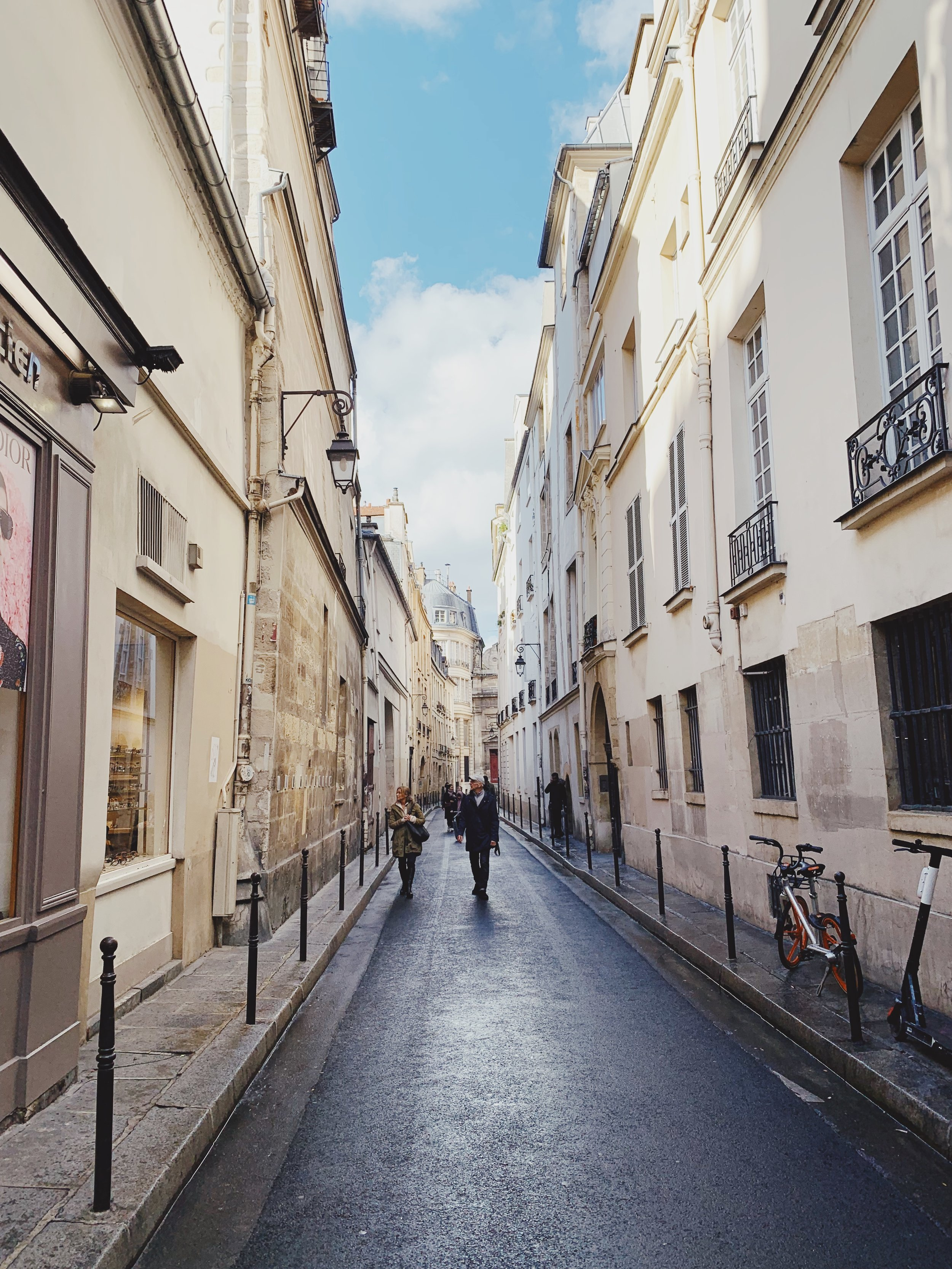 the streets of Marais