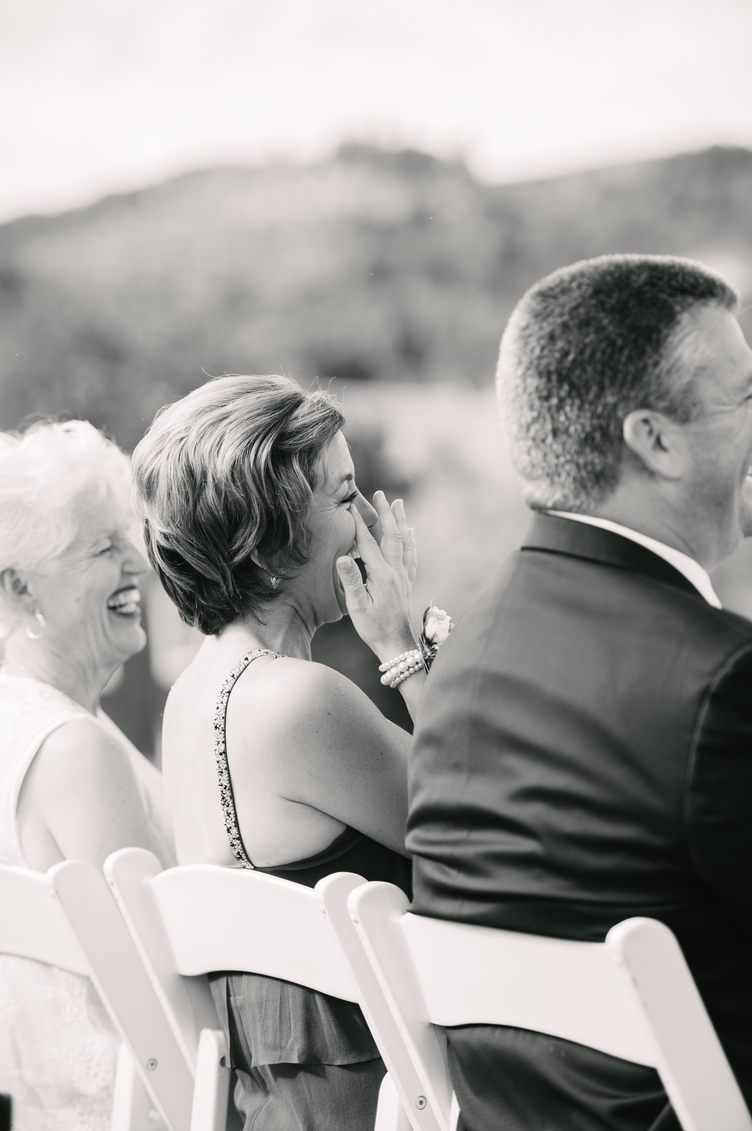 12-zenith-vineyard-wedding-portland-oregon-christa-taylor-photography.jpg