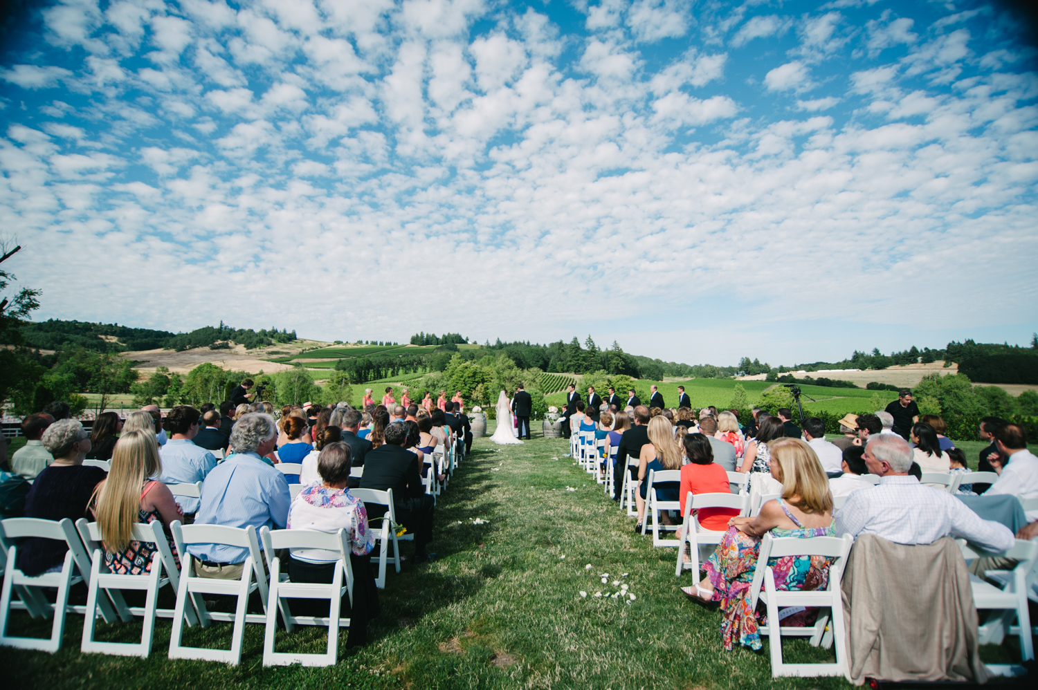 11-zenith-vineyard-wedding-portland-oregon-christa-taylor-photography.jpg