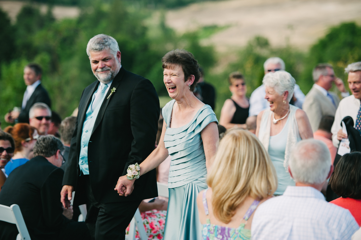 18-zenith-vineyard-wedding-portland-oregon-christa-taylor-photography.jpg