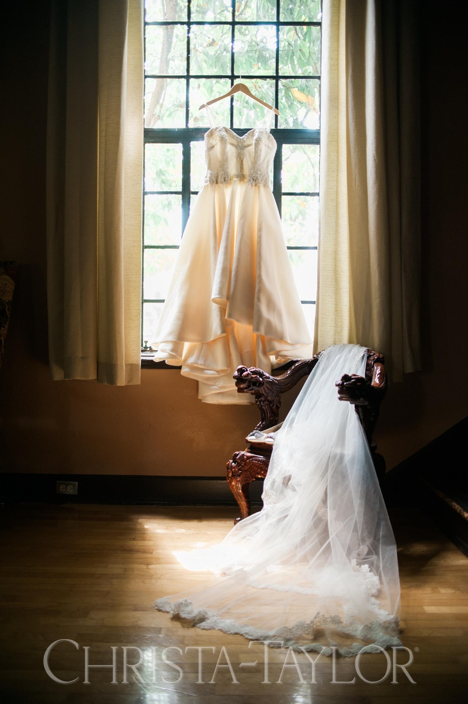 Annie Wright School in Tacoma wedding_0002.jpg