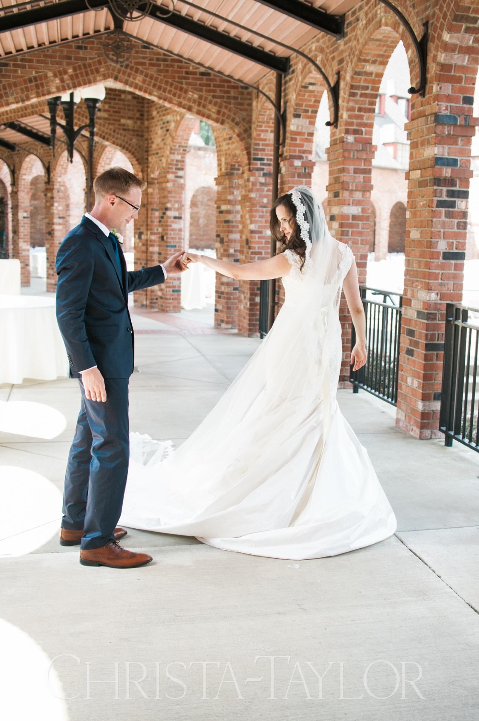 Annie Wright School in Tacoma wedding_0012.jpg