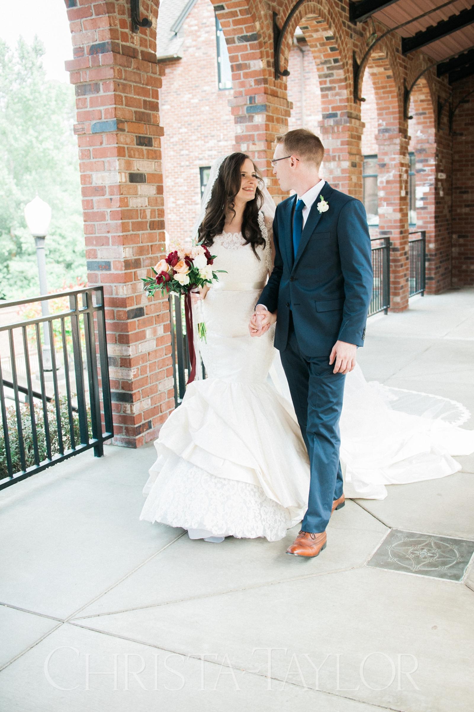 Annie Wright School in Tacoma wedding_0018.jpg