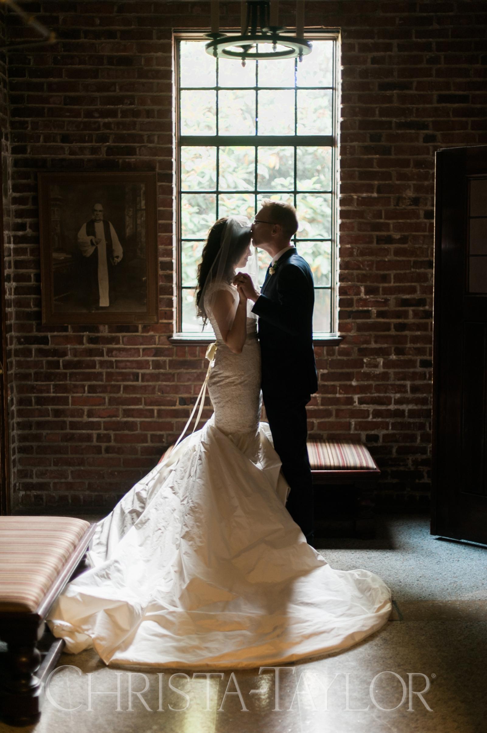 Annie Wright School in Tacoma wedding_0026.jpg