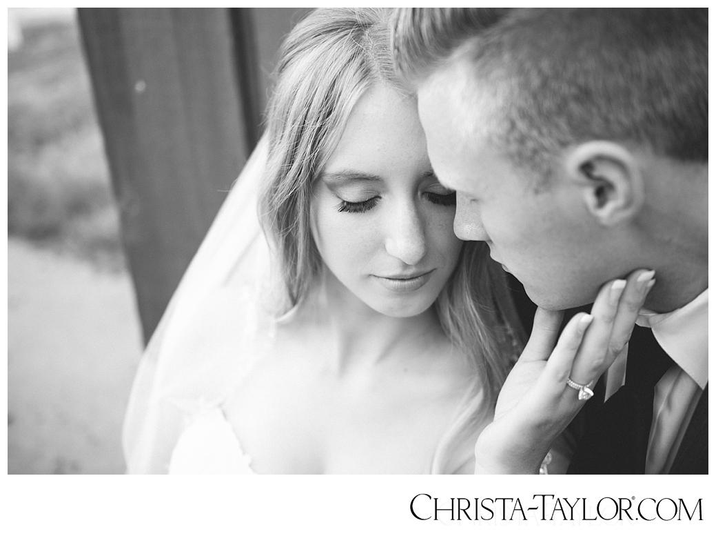 zenith vineyard wedding christa taylor_1045.jpg