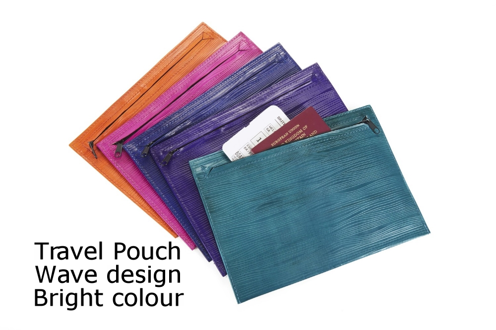 Travel Pouch Wave Bright.jpg