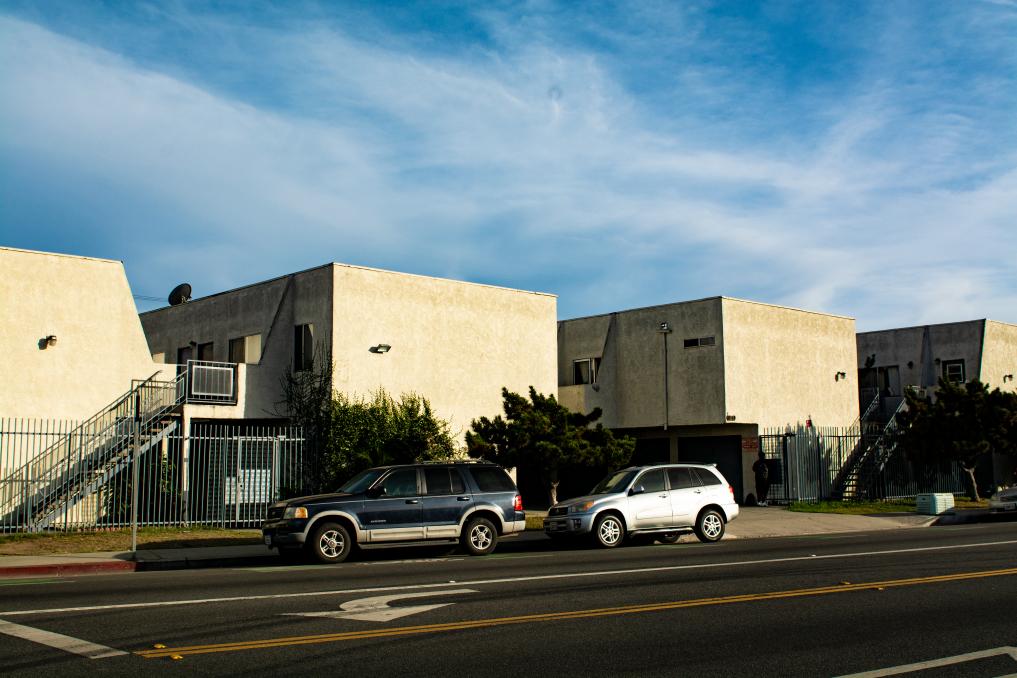 1088 Alamitos Avenue