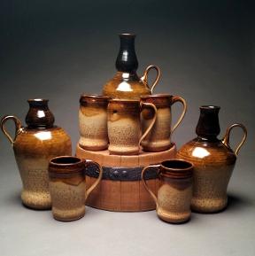 Growlers and mugs.jpg