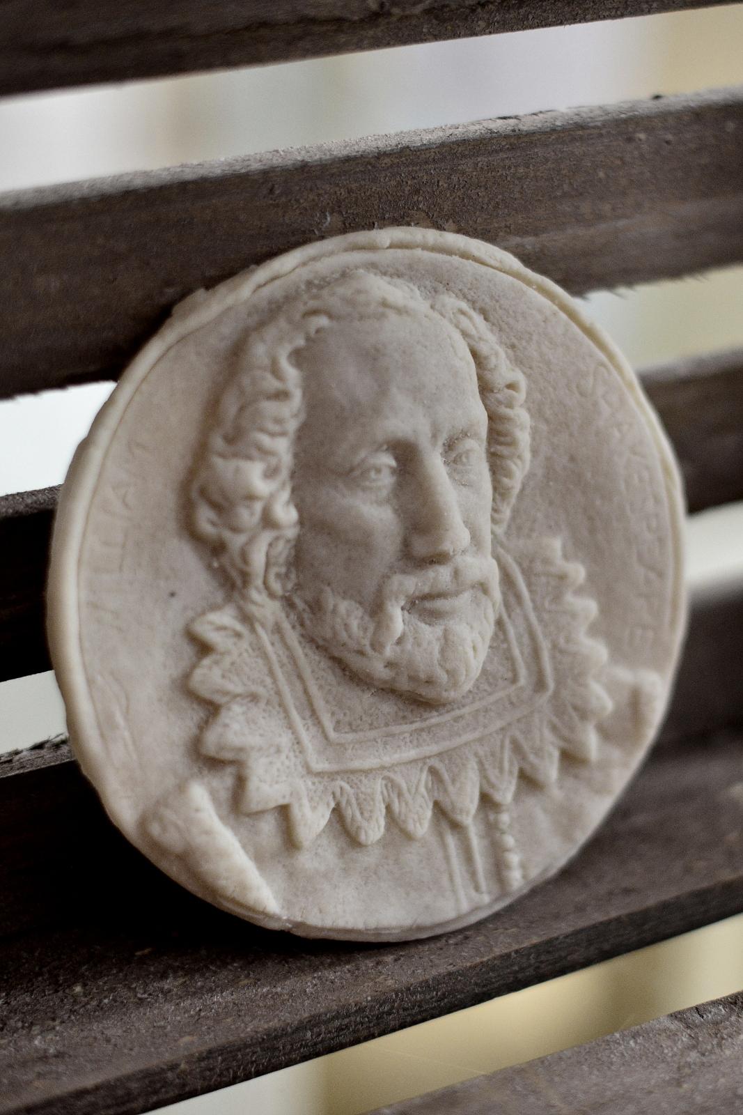 Shakespearian Marchpane - Photo Paul Singer (4) lo-res.JPG