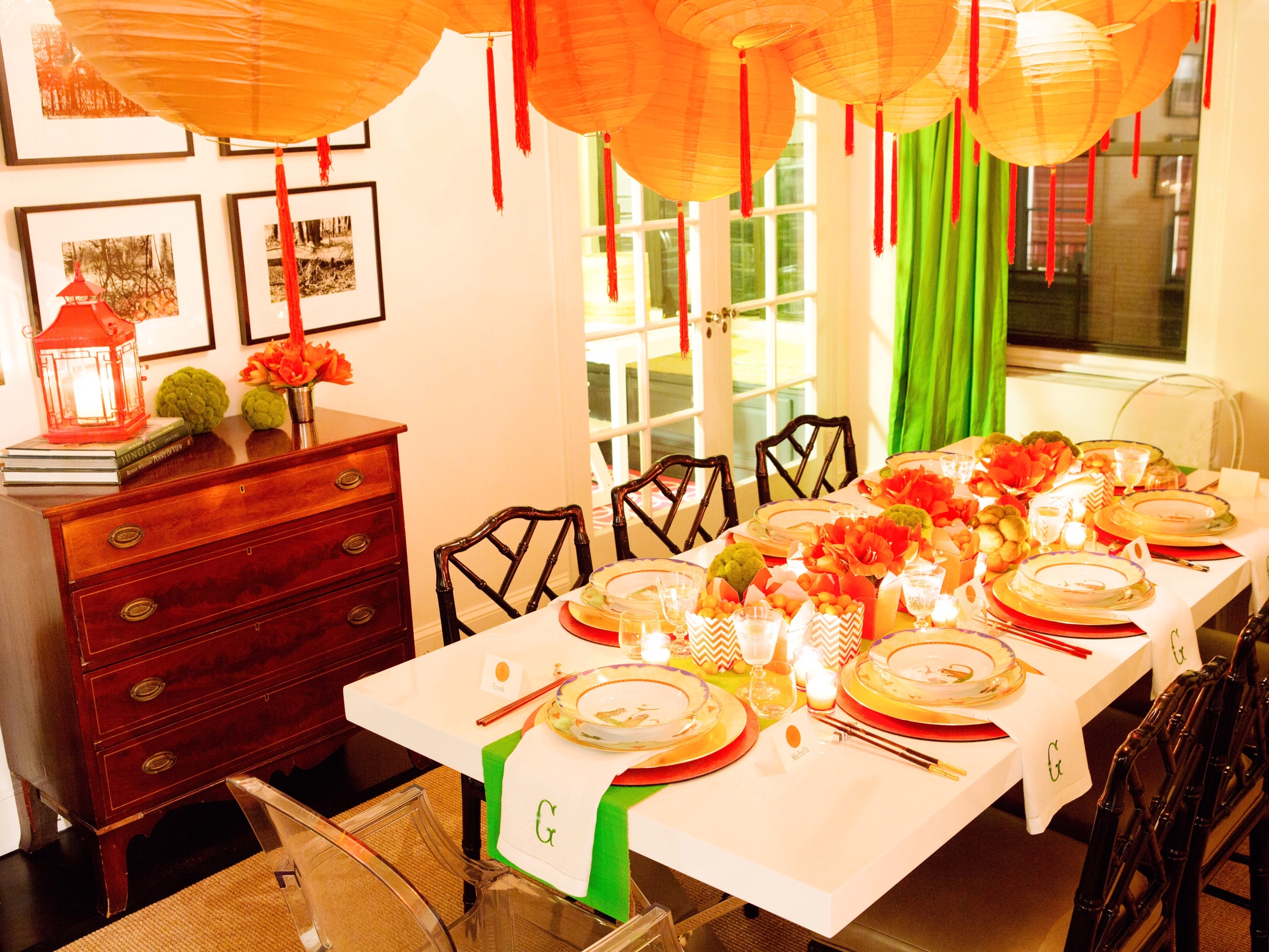 With candles lit, the bright colors of the table felt warm and inviting!