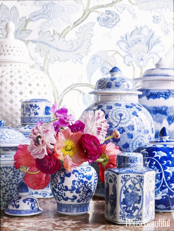 I love the variety of shapes of these blue and white ginger jars and its easy to see how with some fresh flowers they can make a great addition to your next party. Image from  House Beautiful