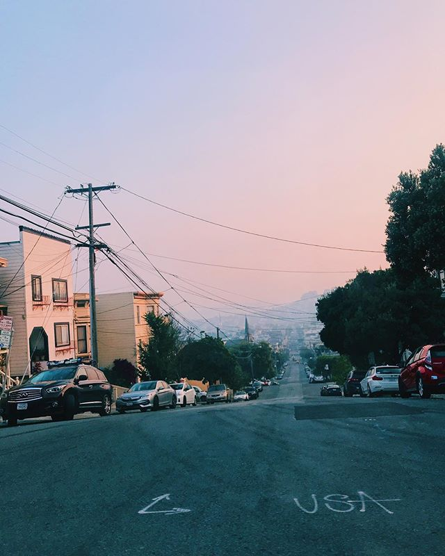 SF air quality is brutal atm. Not that we need an excuse to stay inside and write songs 🎶 if you weren't aware, the butte county #campfire is still blazing and is now the worst fire in California history. Help is desperately needed for those effected and those on the ground giving aid. Some great places to donate for the butte county & Malibu fires: @lafdfoundation @unitedway @calfund @directrelief @hsvc_ojai @buttehumane @animalhopeandwellness @caringchoices @wckitchen ❤️