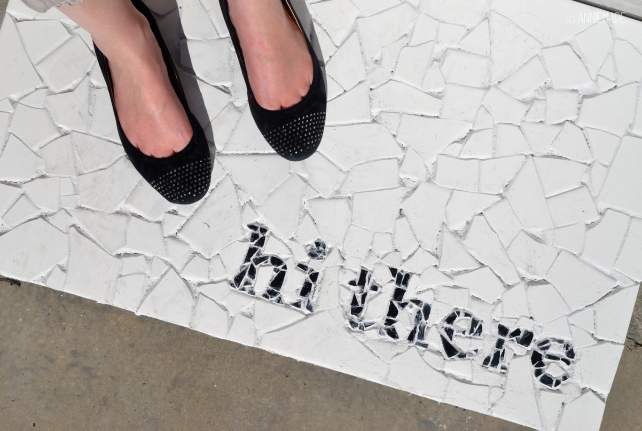 anniemade // DIY Mosaic Tile Doormat with Tutorial and Template