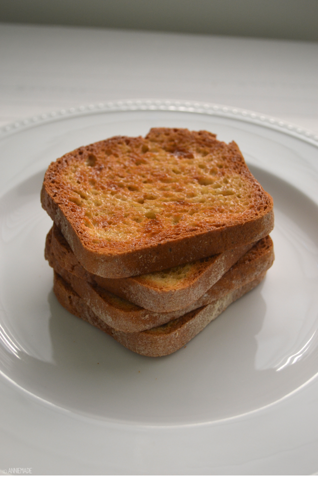 anniemade // Vanilla Cinnamon Toast - Gluten-Free and Delicious Breakfast