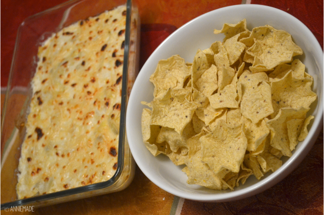 anniemade // Quick and easy appetizer Crab and Artichoke Dip Recipe