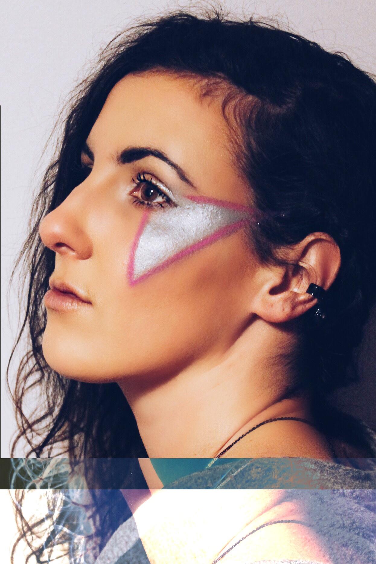 BEAUTY: pretty in punk  -Revamp, Amor