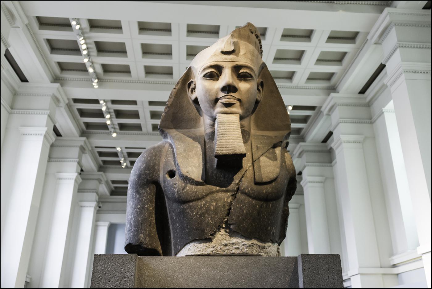 Бюст Рамсеса. Британский музей