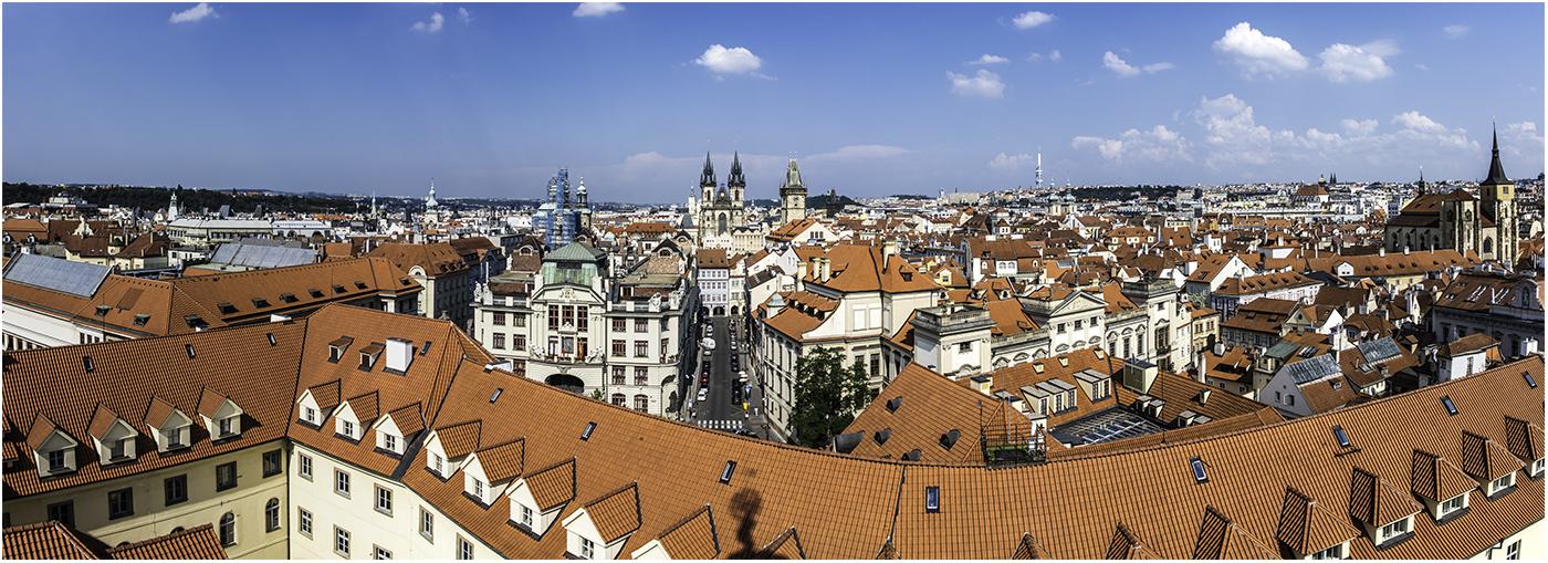 Вид на Прагу с башни публичной библиотеки