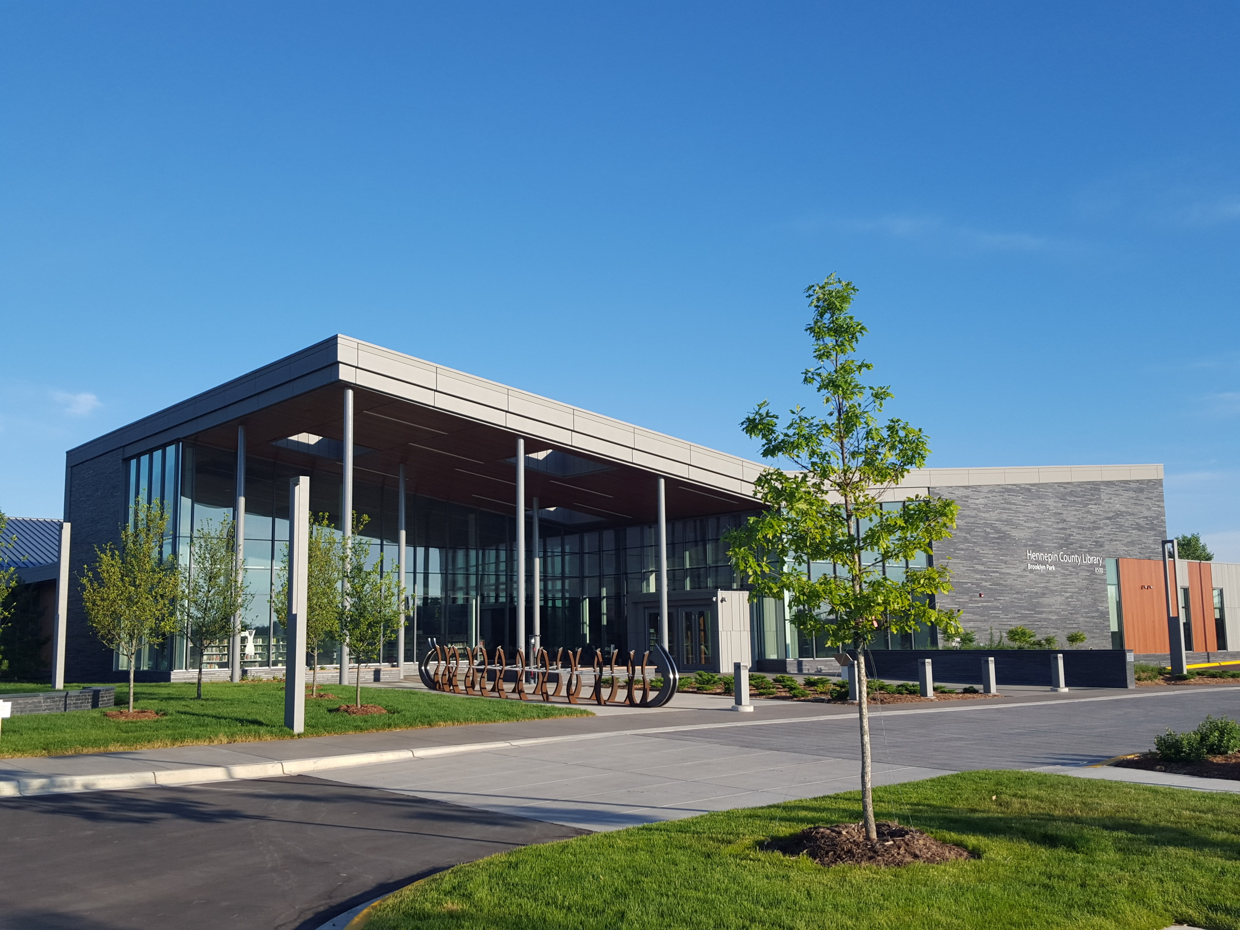 Hennepin County Library Brooklyn Park