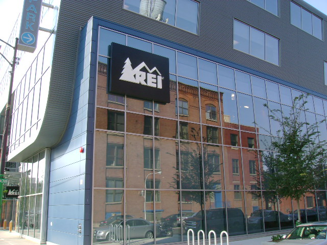 2008 - Hallberg designed its first LEED certified project by providing mechanical, electrical, and commissioning services for a 30,000 square foot REI retail store in downtown Chicago, IL.