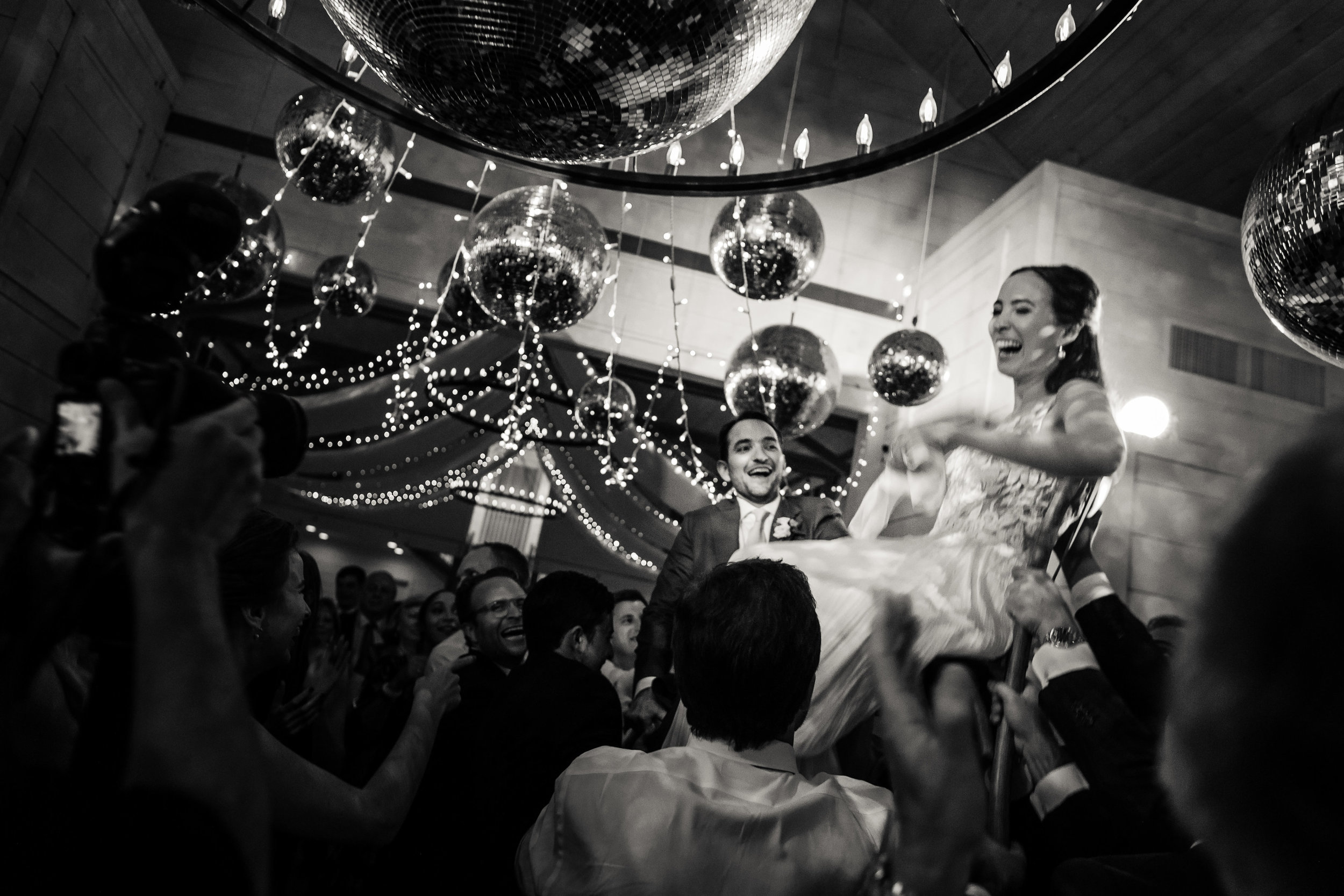 Dancing is a celebration of life and love! Stowe Weddings are the best way to celebrate that love! Image:  Jag Studios