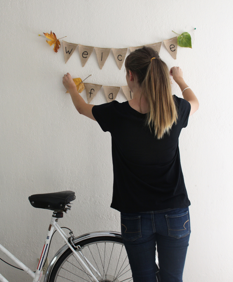 welcome fall banner :: cashmere and plaid