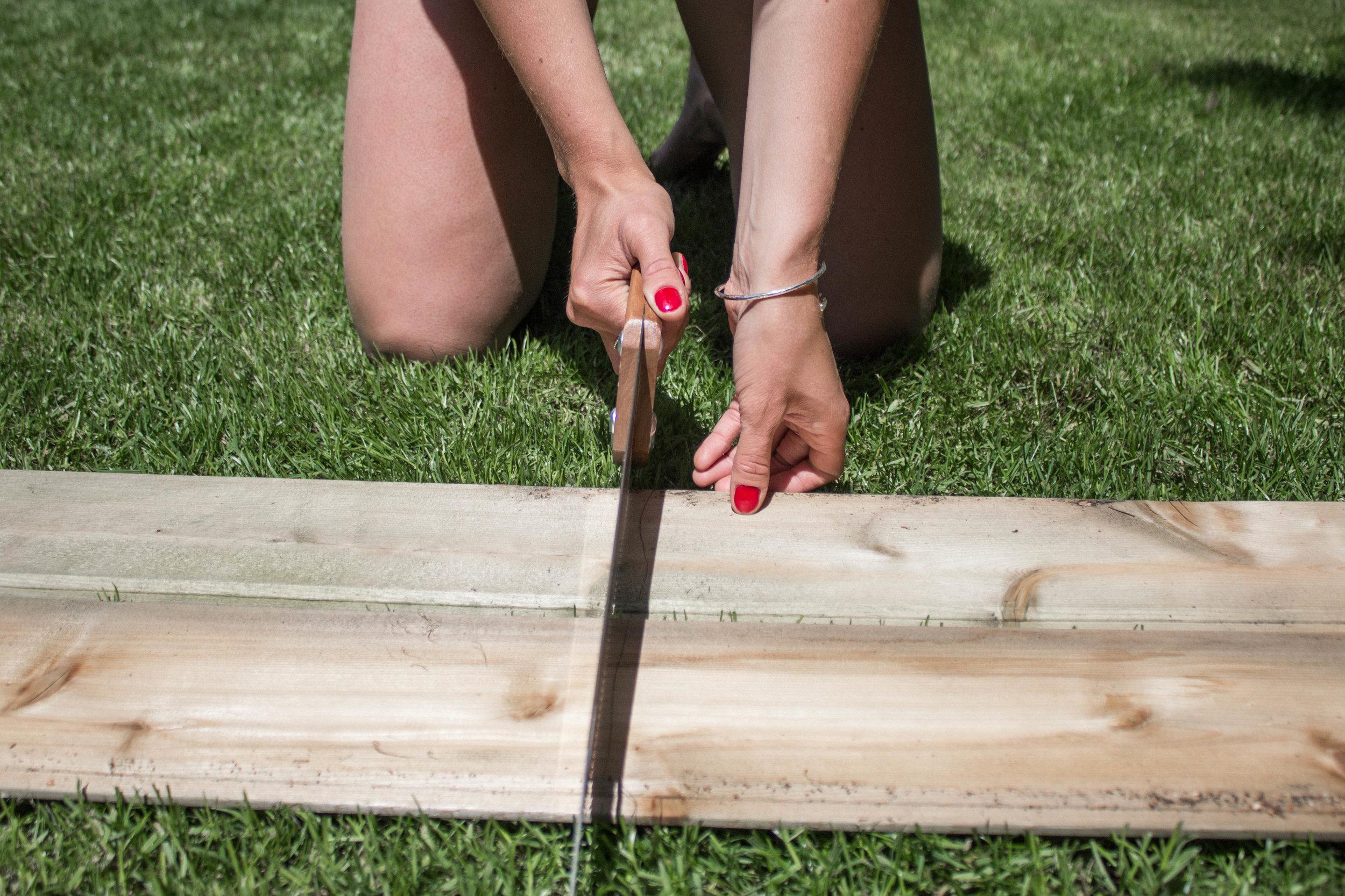 step-1-cut-the-wood