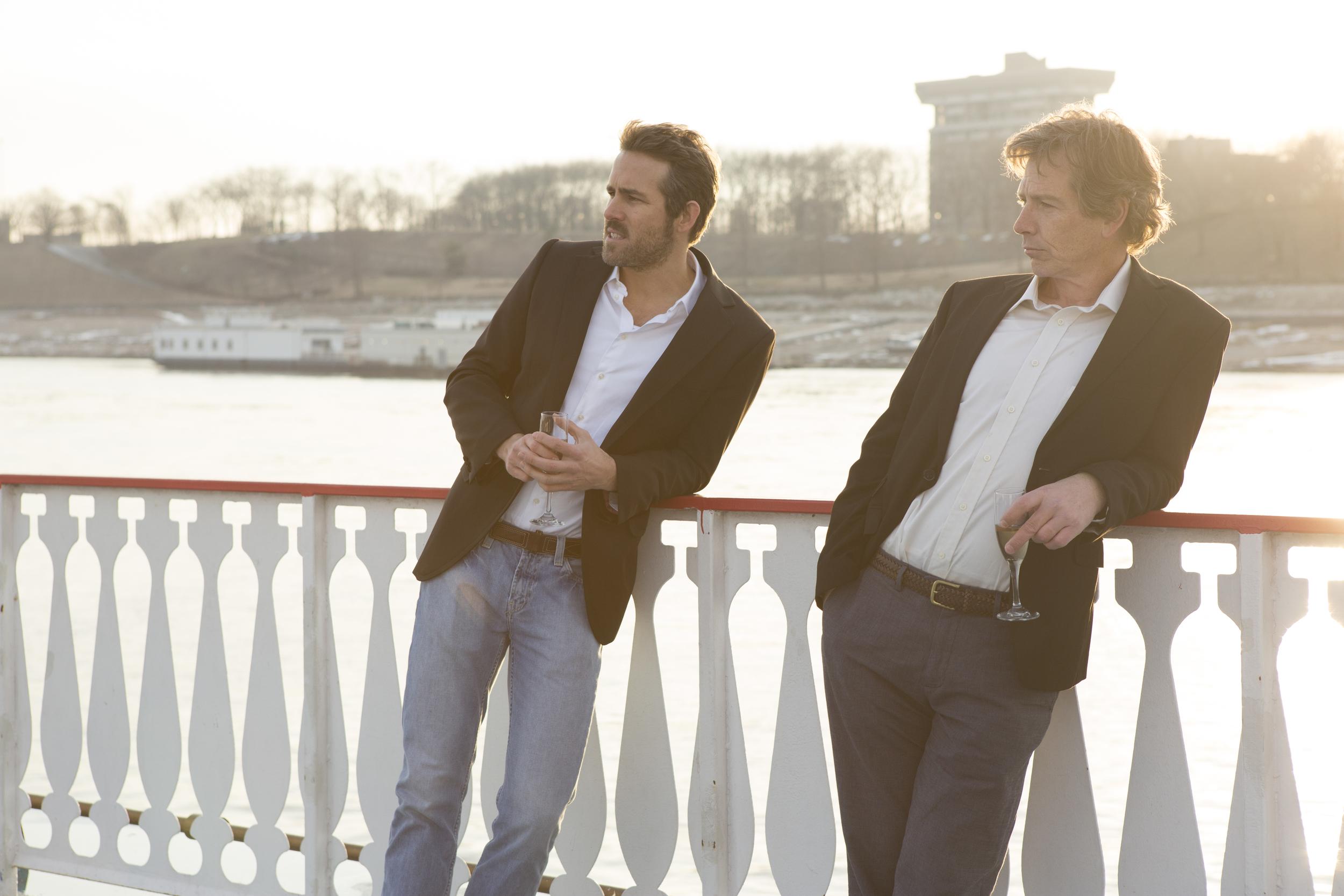 Ryan Reynolds and Ben Mendelsohn in  Mississippi Grind