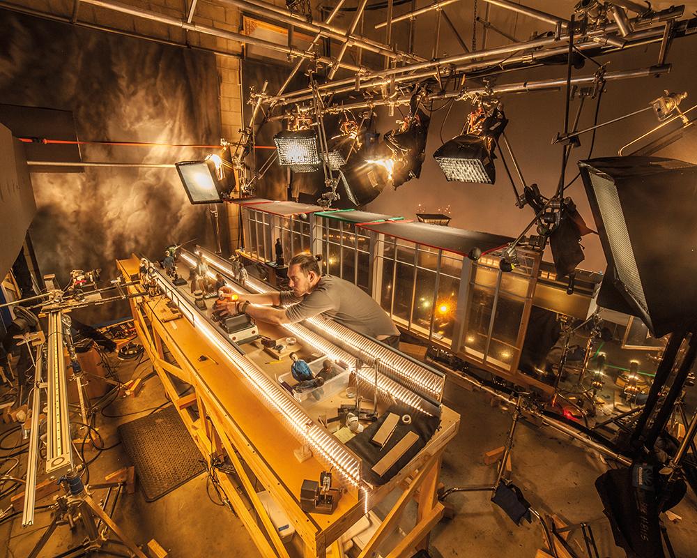 A wide-angle shot of the  Anomalisa set.