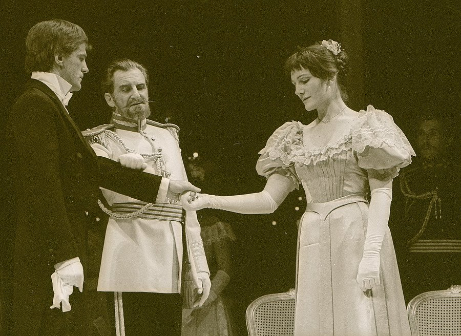 Harriet Walter as Helena in  All's Well That Ends Well , directed by Trevor Nunn at the RSC in 1981.