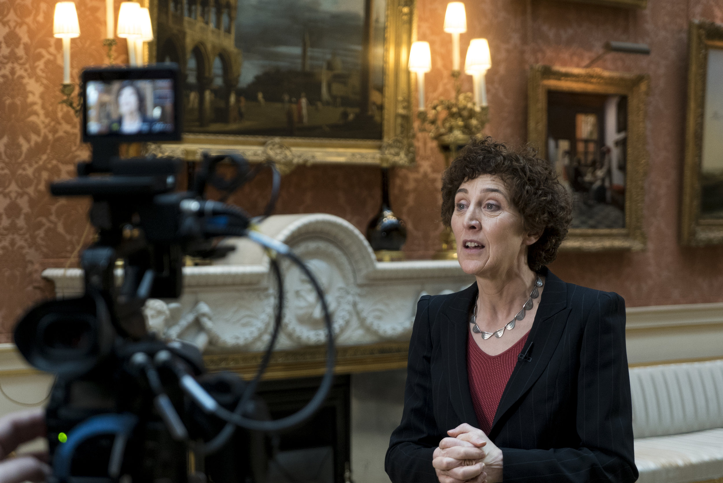 Filming with Lucy Whitaker at The Queen's Gallery, Buckingham Palace_2 © EXHIBITION ON SCREEN (David Bickerstaff)
