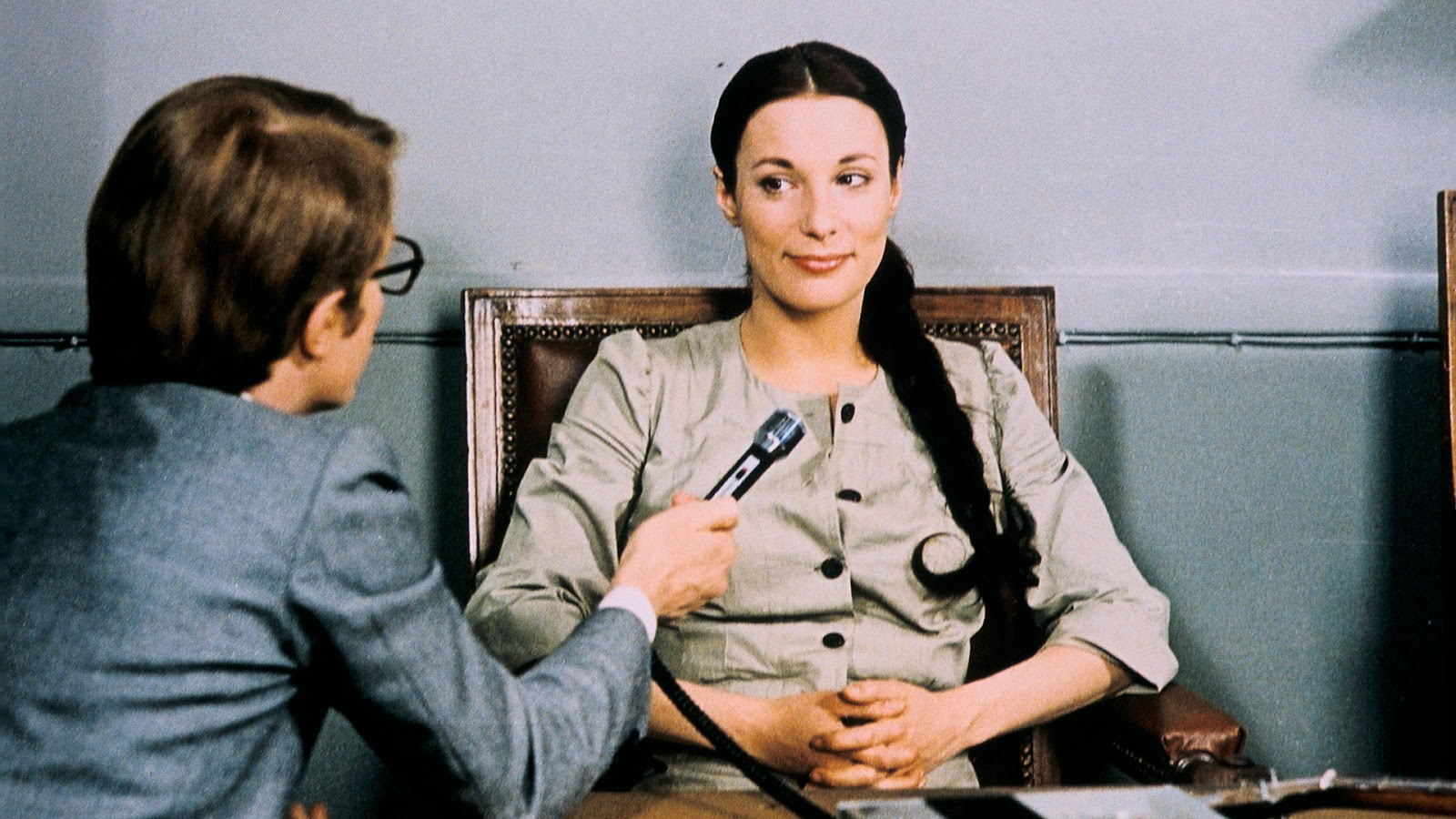 A Gorgeous Girl Like Me  (1972), dir. François Truffaut