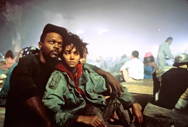 Samuel L. Jackson and Halle Berry in  Jungle Fever (1991)