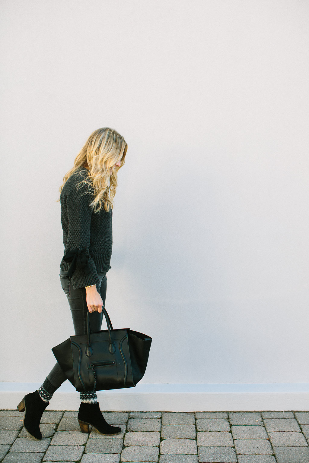 StephanieTrotta-clubmonaco-TheGirlGuide-LindsayMaddenPhotography-6.jpg