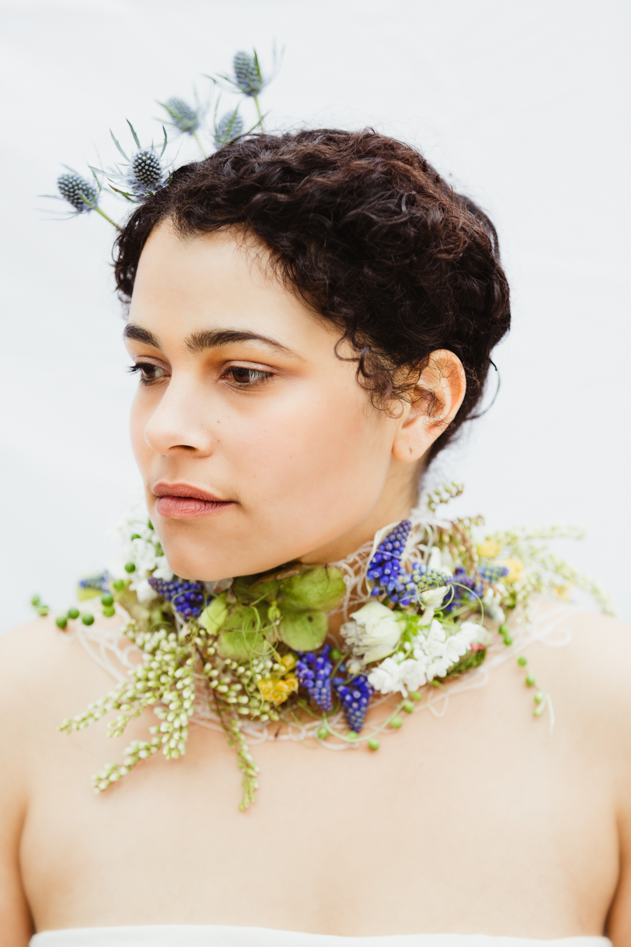 woman_with_botanical_wear