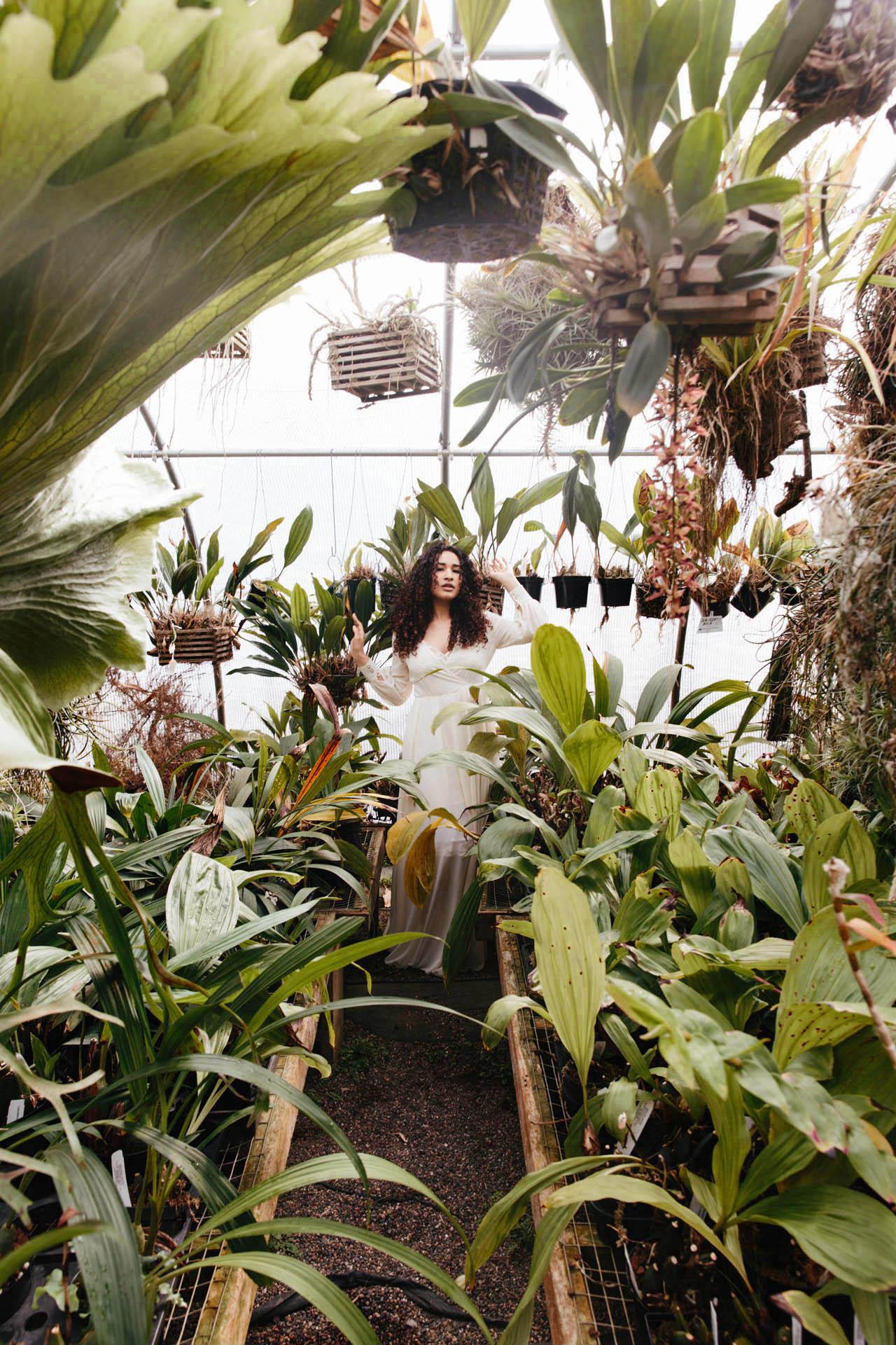 goddess_in_greenhouse.jpg