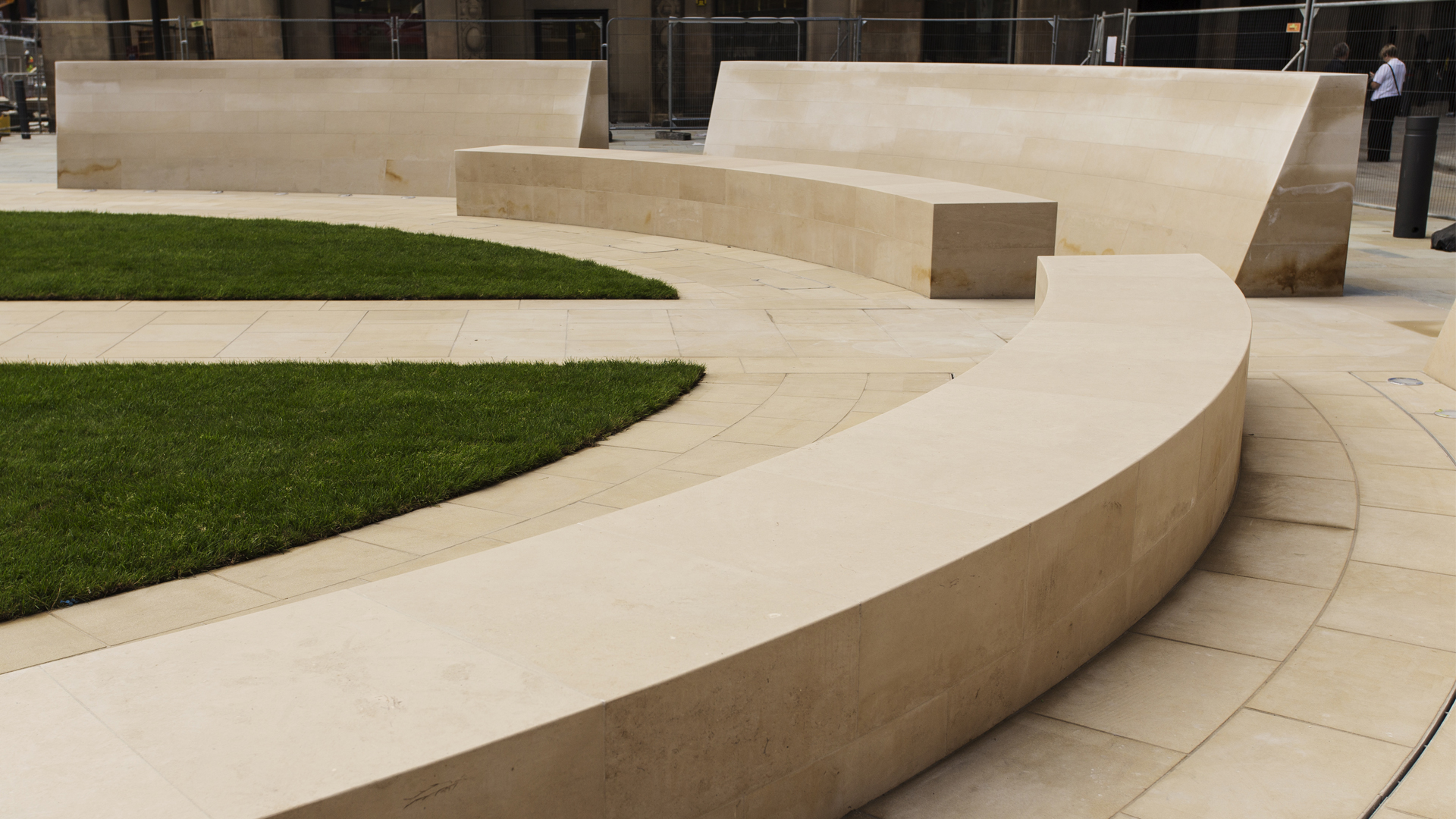 Cenotaph-Seating.jpg