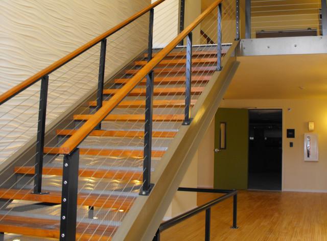 modern-staircase.jpg