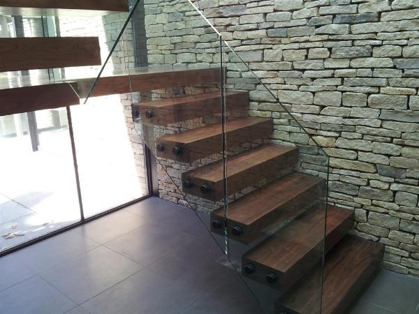 glass-staircase-Medium.jpg