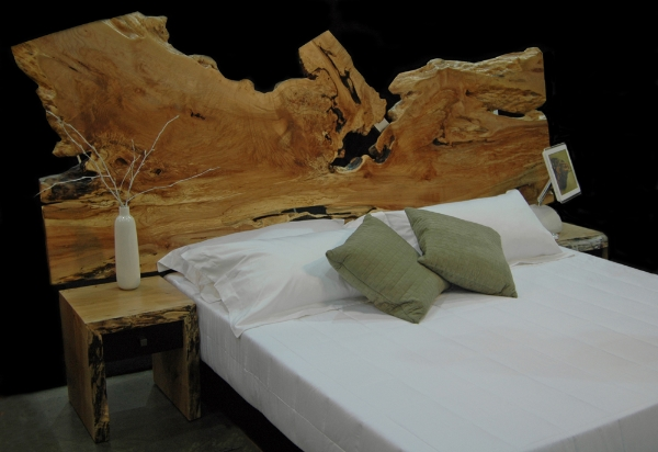 Live-Edge-king-slab-bed-.jpg