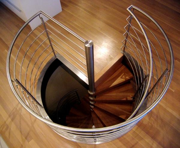 spiral-stair-001.jpg