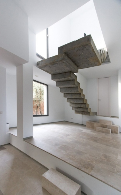 01-Floating-Concrete-Stair-by-Veronica-Morales-Angulo.jpg